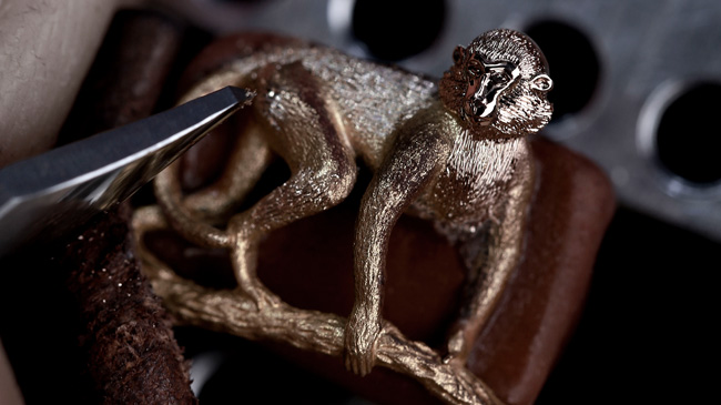 Jaquet Droz, Petite Heure Minute Relief Monkey: J005023281, Sculpting Workshop