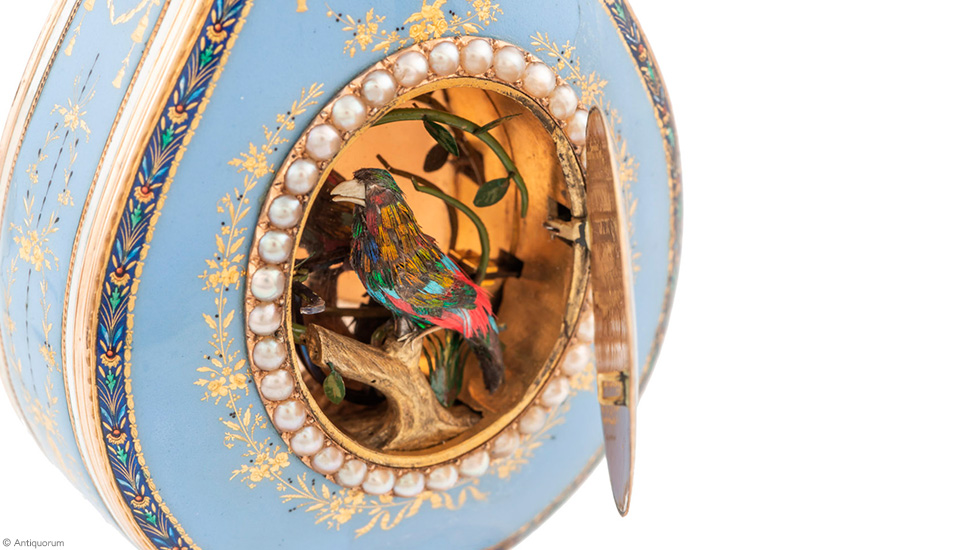 Jaquet Droz, record auction for L Oiseau Privé, Bird Close-Up