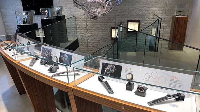 Jaquet Droz, Les Ambassadeurs Exibition, Showcases