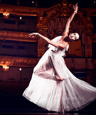 DIANA VISHNEVA FOR JAQUET DROZ嘉娜·维什尼奥娃(DIANA VISHNEVA)与雅克德罗(JAQUET DROZ)