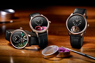 "NEW VERSIONS OF THE ""PETITE HEURE MINUTE"""