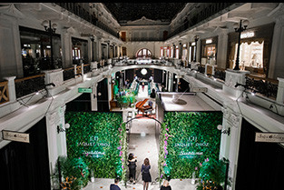 JAQUET DROZ CELEBRATES ITS 280 YEAR ANNIVERSARY IN RUSSIA'S HISTORIC PETROVSKY PASSAGE