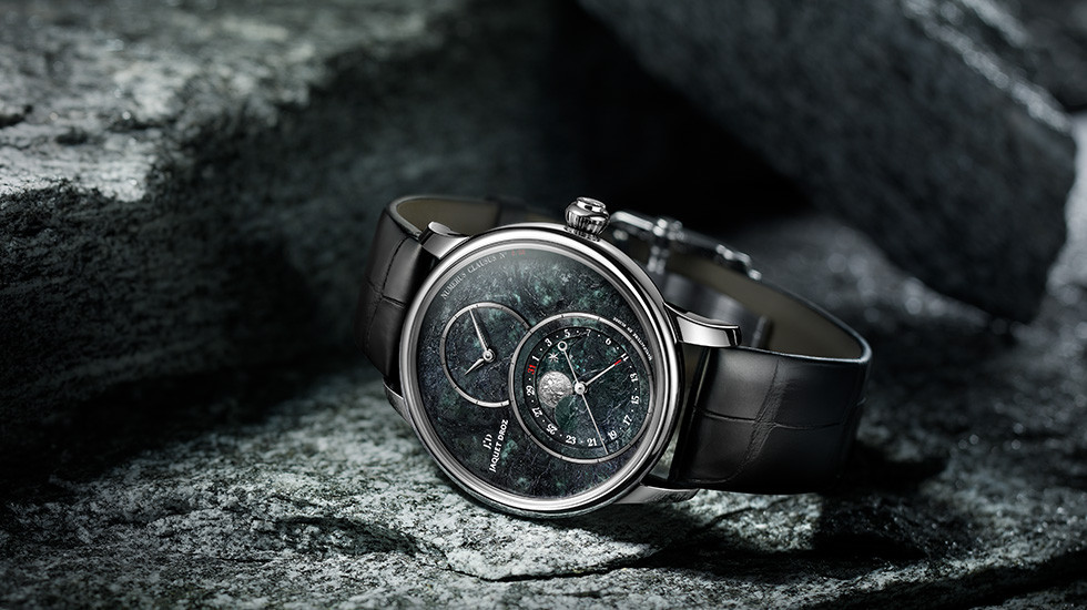 Jaquet Droz, Grande Seconde Moon Swiss Serpentinite, Ambiance