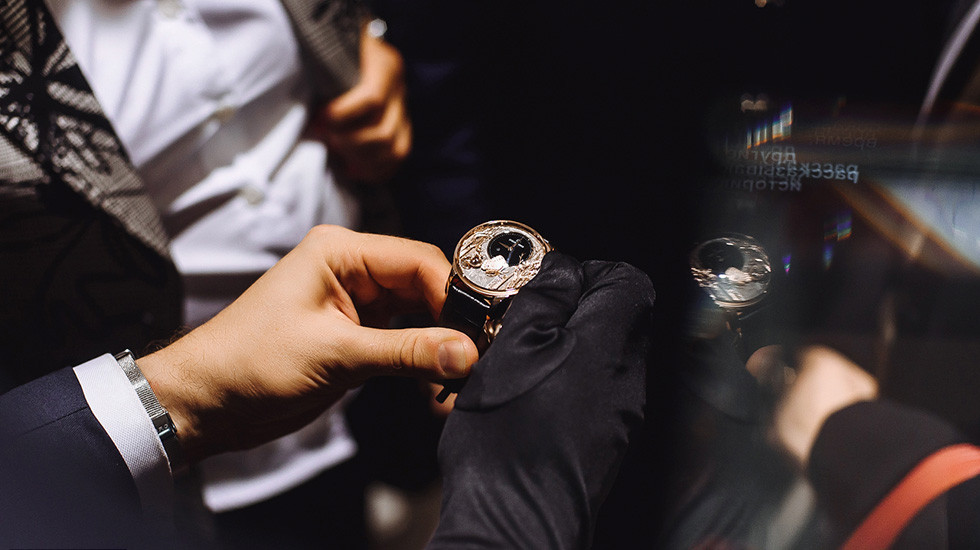 FIRST STAGE OF JAQUET DROZ'S JOURNEY