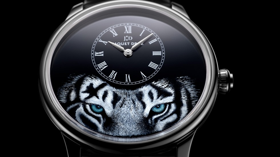 Jaquet Droz, Petite Heure Minute Tiger, J005034275, Close-Up