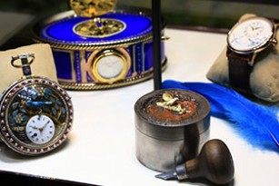 JAQUET DROZ LAS VEGAS EXHIBITION ANTIQUES